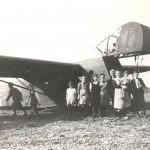 Waco zweefvliegtuig geland bij Overasselt in plaats van bij Groesbeek op 17 september 1944. Foto 022
