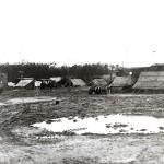 Het vluchtleidingscentrum. Op de achtergrond mogelijk de Eikelenkamp. RAF museum 6039-6