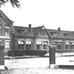Foto 12-2 Klooster met Mariaschool