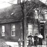 Foto 23-1 Cafe Nillisen 1919 (JB; Later kwamen op deze plaats café en zalen de Molen en Wok de Molen)