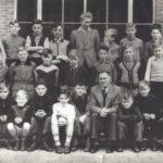 Foto 42-1 St. Jozefschool Klas . . . Meester Dado omstreeks . .