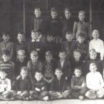 Foto 42-2 St. Jozefschool Klas . . . Meester Dado omstreeks . .